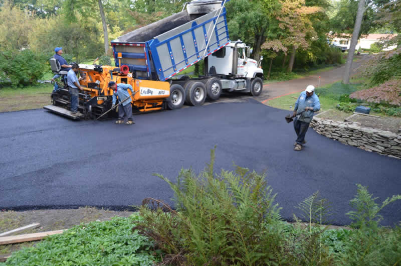 excavating - Briggs Paving